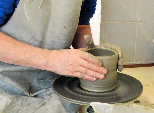 Decorazione su ceramica Pobiati e Curcio 02